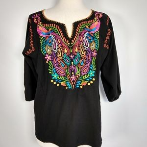 Handmade folkloric embroidered top M/L